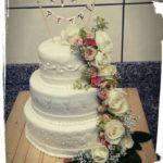 Hochzeitstorte in Perlenoptik