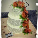 Hochzeitstorte mit Marzipanrosen